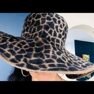 Accessories - Glamorous soft wide brimmed leopard print hat
